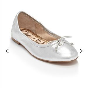 Sam Edelman Felicia Soft Silver Leather Flats Wide